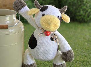 Amigurumi MooMoo Cow- Free Pattern