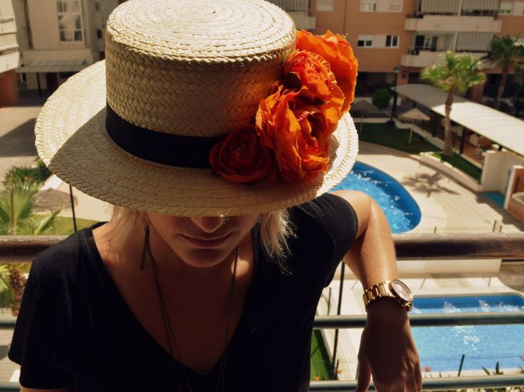 Departamento de Ideas - Sombrero canotier con flores