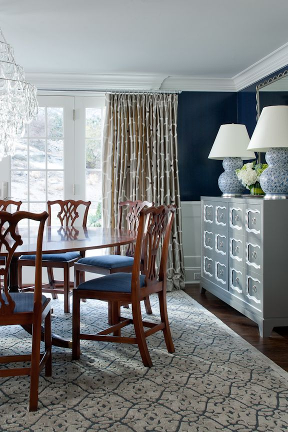 With vibrant designs and attention to detail, this home in Darien, CT was inspired by HB Home design studio in Westport, CT.   http://www.hbhome.com/hb-portfolio/darien-ct-cross/