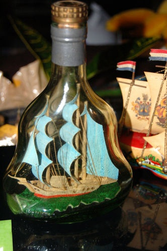 HENNESSY LIQUOR BOTTLE SHIP IN BOTTLE OCEAN BLUE COLORS AWESOME COLLECTIBLE NAUTICAL CLIPPER SHIP FOR SALE GREAT GIFT IDEA