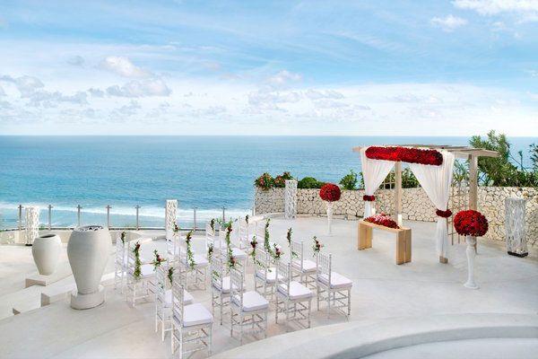 Wedding Setup at Ju-ma-Na restauarnt, Banyan Tree Ungasan. Learn more at…