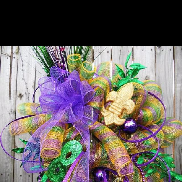 16 best images about mardi gras on pinterest deco mesh for Deco decorations
