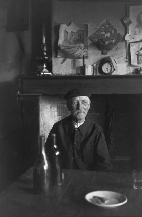 """Henri Cartier-Bresson  FRANCE. Loir-et-Cher. Chouzy-sur-Cissé. 1945. """"The Baron""""."""