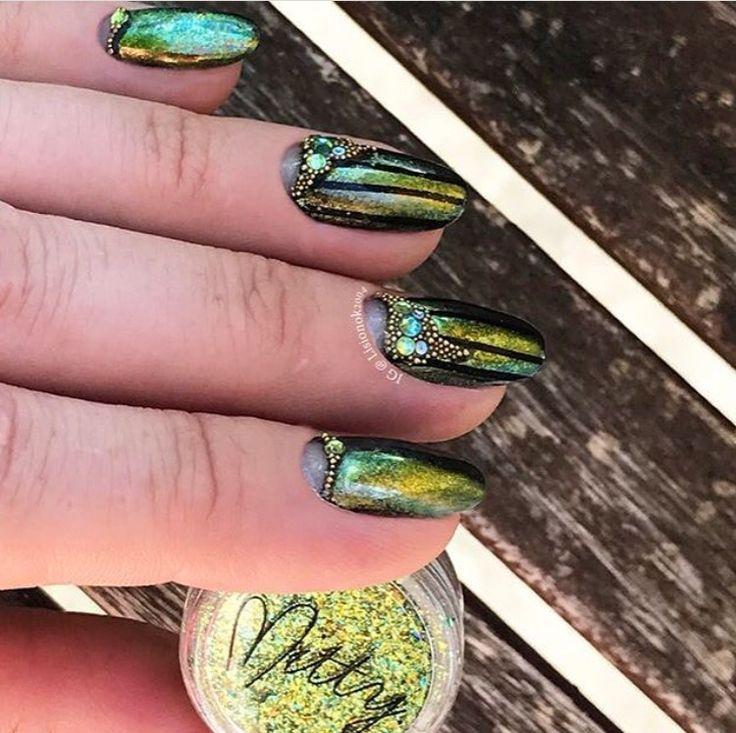 69 best HOLO & Holographic Chrome Powder Nails images on Pinterest