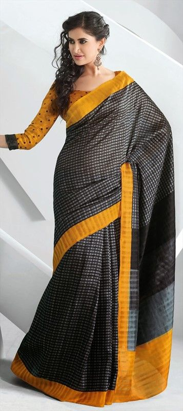 131008: #checks #saree #indianwear