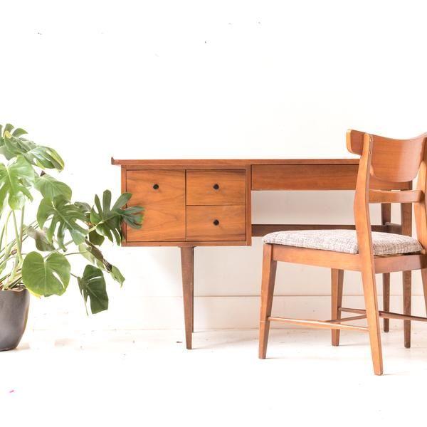 American Of Martinsville Desk Desk Furniture Cute Little Houses Desk