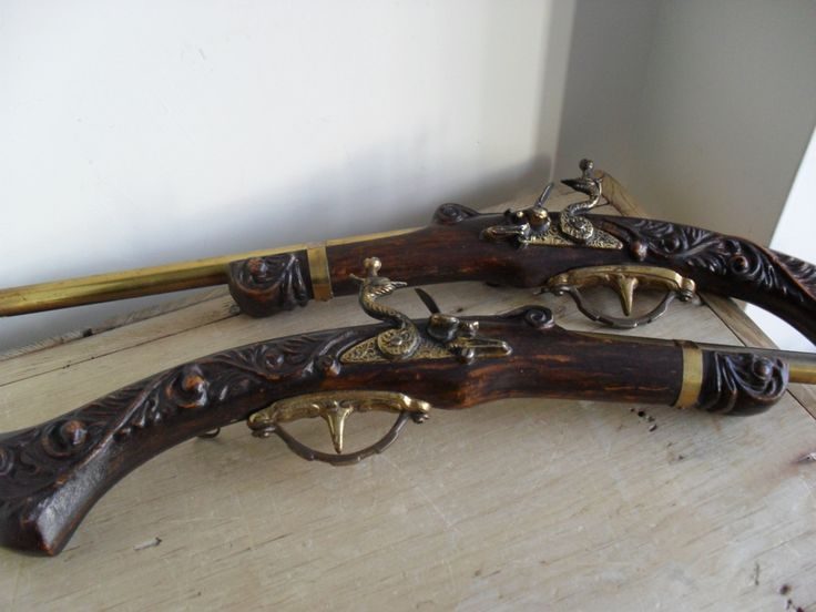 GUN DECOR Retro Flintlock Pistols Pair Mid-Century Vintage Pistols Wall Hanging Replica Flintlock Pistols MANCAVE Decor Pub Decor Bar Decor by BigGirlSmallWorld on Etsy