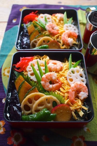Gomoku Chirashizushi (Sushi) 五目ちらし寿司