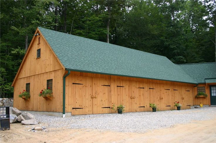 53 best garage images on pinterest arquitetura cottage for New england barn homes