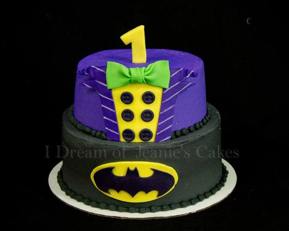 Hey, I found this really awesome Etsy listing at https://www.etsy.com/listing/483452539/batman-and-the-joker-cake-topper