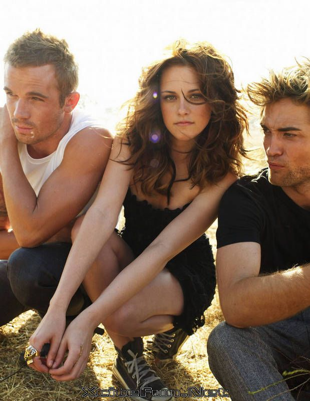 Cam Gigandet, Kristen Stewart and Robert Pattinson... If she weren't in this picture, I would love it even more :)