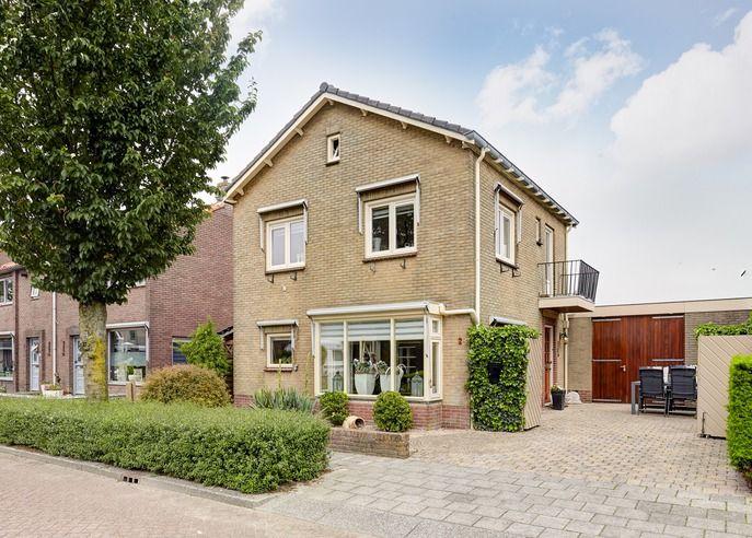Huis te koop Bisschop Davidlaan 2 3905 JW Veenendaal