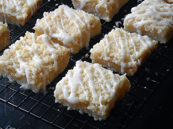 nbleached all purpose flour 2/3 cup sugar 2 sticks (1 cup) cold unsalted butter, cubed 1 teaspoon vanilla extract 12 oz jar lemon curd 1 cup...