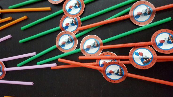 Cappellini, cannucce espiedini del trenino thomas preparati per il compleanno del mio nipotino Vittorio