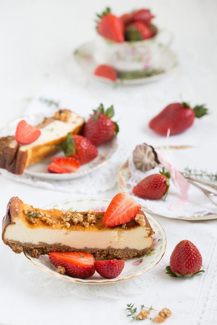 Cheesecake mit Erdbeeren und Thymian-Krokant | Lisbeths Cupcakes & Cookies