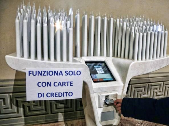 an Italian church: it works only with a credit card (!)