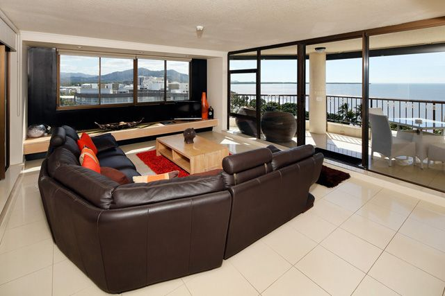 Cairns Aquarius - Privately Managed Holiday Apartment Staying at the Cairns Aquarius you are situated on the famous Esplanade, overlooking the water and just a couple of minutes walk from the heart of Cairns, Swimming Lagoon and downtown shopping. Call Us 1300 731 620
