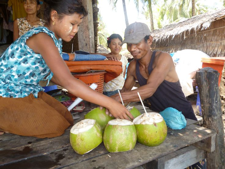 Who wants to drink fresh coconut juice while you are at the beach? Try it now at Ngapali Beach #beachgoals #coconut #travelgoals #fresh