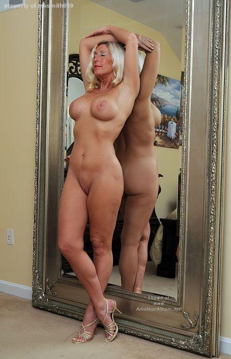 Sexy tits cumshot