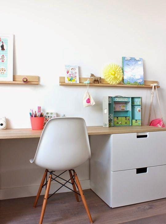 Best 25+ Kid desk ideas on Pinterest   Kids desk areas ...