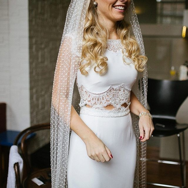 Simply and utterly divine - @rimearodaky dress and @lunabeabride polka dot veil.