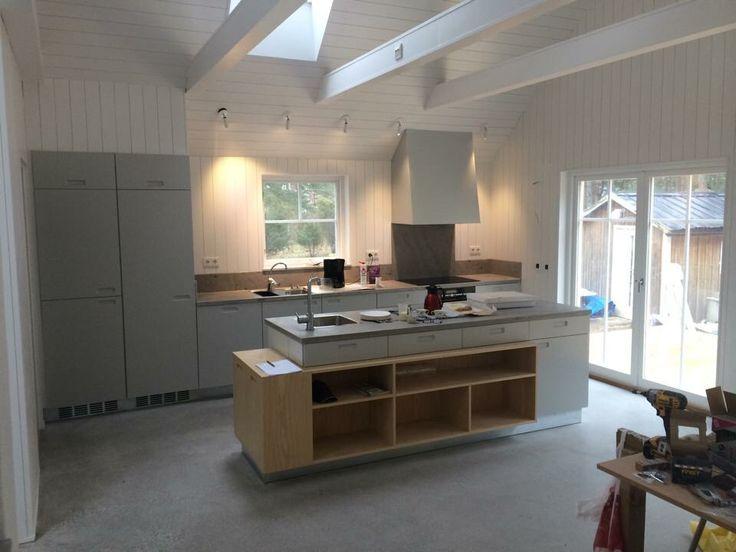 Kitchen with custom built centerpiece. #kitchen #interior #interiordesign #scandinaviandesign #nordic #wip #workinprogress #dawnofideas