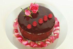 Je libo kousek dortu?   Dorty, koláče, bonbóny, sladkosti …   Page 3