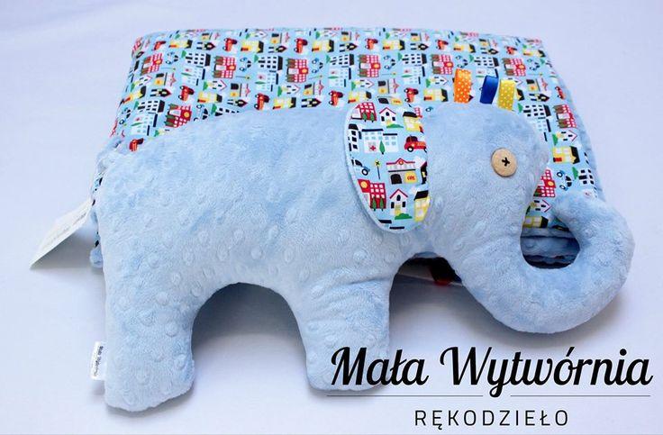 Zestaw kocyk i słoń. Przedmioty wykonane z błękitnego pluszu Minky i kolorowej bawełny.  www.facebook.com/malawytwornia