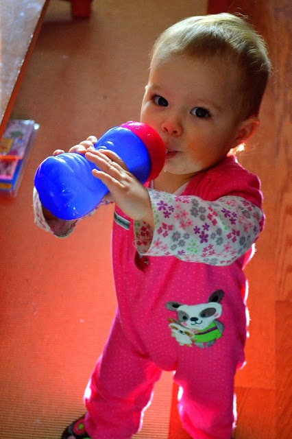 An Opera Singer in the Kitchen: The Nuby Super Straw™ Cup Review