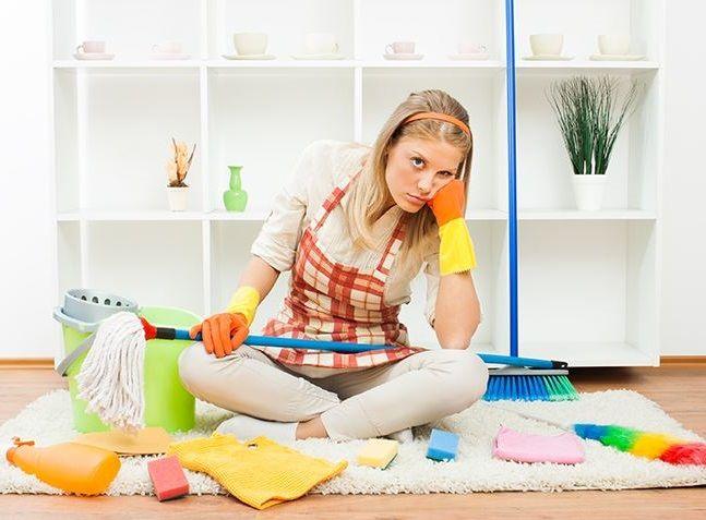 SOUND: http://www.ruspeach.com/en/news/9274/     По каким-то странным законам, порядок в квартире наводится намного сложнее, чем беспорядок. Для того, чтобы быстро и без лишних усилий навести порядок в квартире нужно знать несколько нехитрых правил:   1 - Распределяйте обязанности по у�