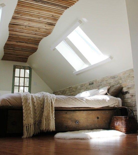 Dormitorul din pod