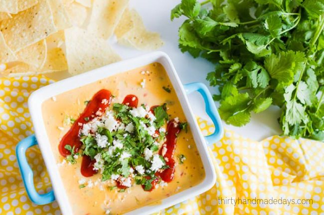 Copycat Torchy's Queso - the most incredible dip I've ever had. from www.thirtyhandmadedays.com