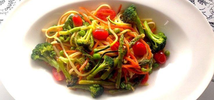 Spring time gluten free pasta primavera!: Zucchini Pasta, Gluten Fre Pasta, Spring Time, Vegan Recipes, Gluten Free Pasta, Vegans Recipes, Pasta Primavera, One Pan Pasta, Primavera Vegans