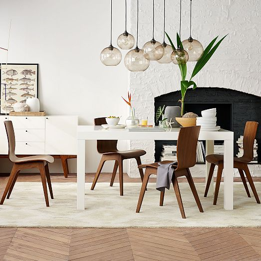Love The White Table + Bentwood Chairs