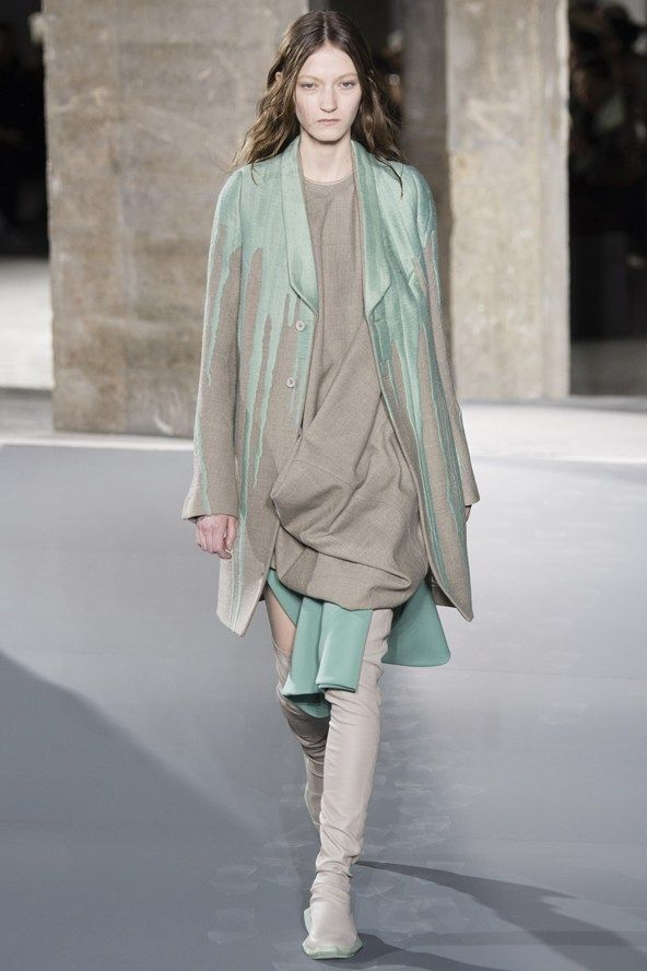 Rick Owens Fall 2016 Paris Fashion Week.
