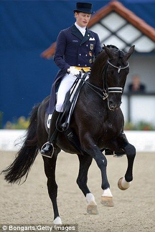 Wonderhorse: Totilas and Matthias Rath He has started up again as of end of May, 2014, doing well