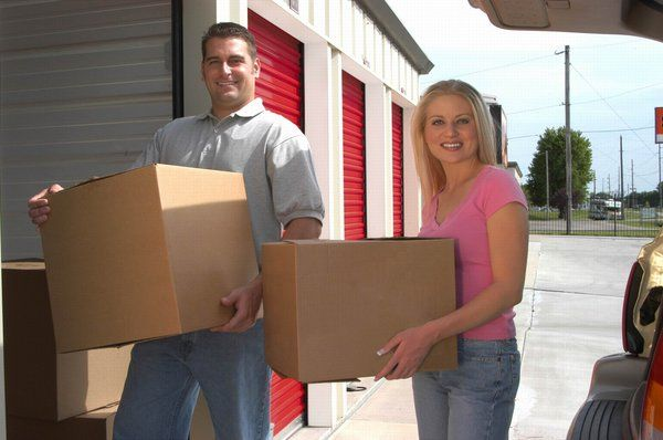 U-Store & Save is the cheapest yet the best alternative for the safe-keeping of your belongings. We provide larger storage units at reasonably lower prices and we even give out $100 gift certificates for a 3-month rental for enhanced customer satisfaction.