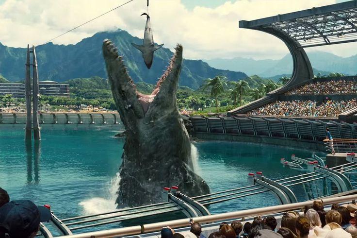 """Maratona na madrugada exibe os quatro filmes da saga, desde o clássico de 1993, dirigido por Steven Spielberg, até o mais recente """"Jurassic World"""", lançado no começo de 2015"""
