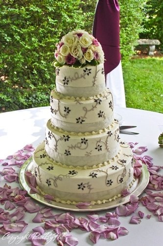 Silver and purple flower cake.: Flower Cakes, Wedding Photos, Purple Flower