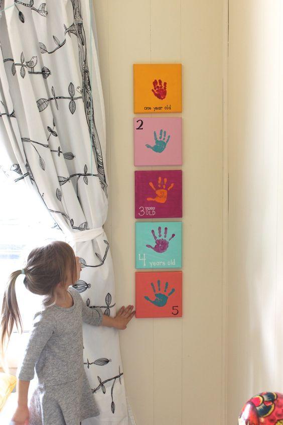Idea, cuadros para pintar con las manos. DIY para decorar las habitaciones infantiles, proyecto casero sencillo y original.