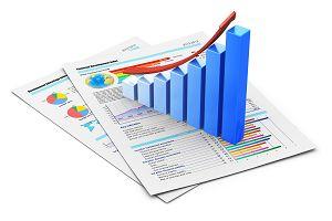 Badania i statystyki skutecznych form reklamy za pośrednictwem prasy i internetu.