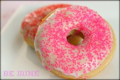 fluffy baked cake donuts with a simple glaze  http://prin.tt/wwvtt6