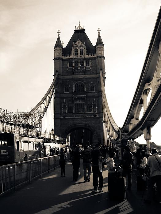 The Tower by Zinvolle - Photo taken in England, UK by the beautiful Tower Bridge