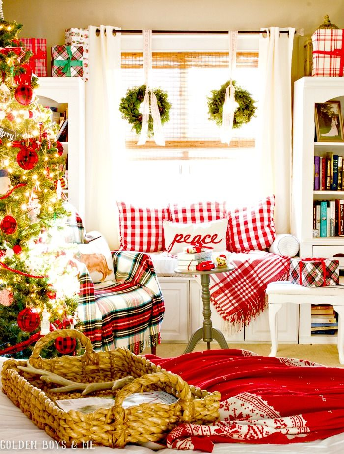 Red and White Christmas bedroom with DIY window seat - www.goldenboysandme.com