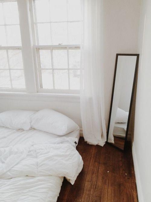 Chambre minimaliste toute blanche chambre decora o de casa retro decora o tnica e casa - Chambre toute blanche ...