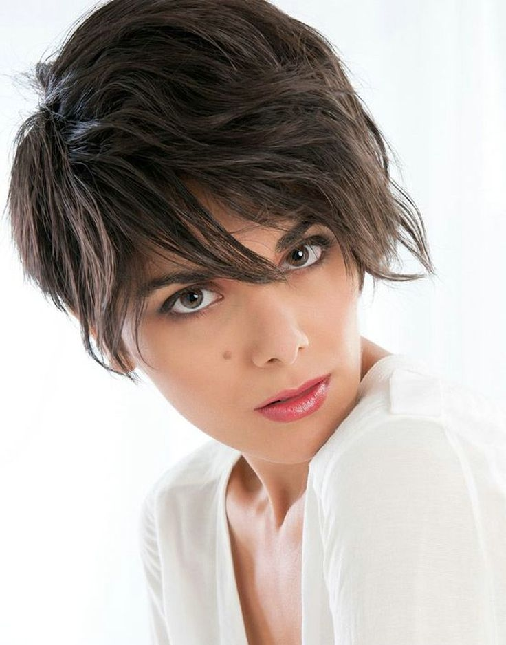 Short-Hairstyles-For-Women-With-Fine-Wavy-Hair