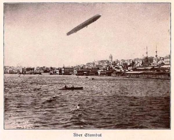 In 1918, #German Zeppelin standing above #Istanbul  #worldwar #history