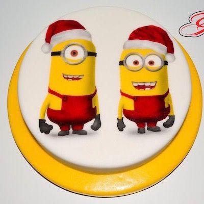 Torte, biscotti e cupcake di Natale con i personaggi dei cartoni animati: Peppa, Minion, Winnie, Snoopy, Topolino, Sette Nani, Titti, Puffi, Avengers...