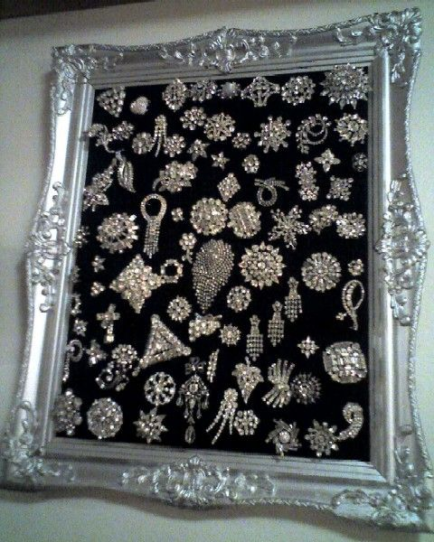 Vintage Rhinestone Brooch Collection...your jewels become Art when your not wearing them!