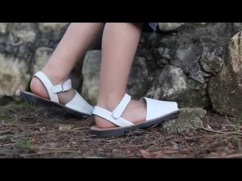 Menorquinas Niños Avarcas napa velcro - Calzado para Niños Pisamonas